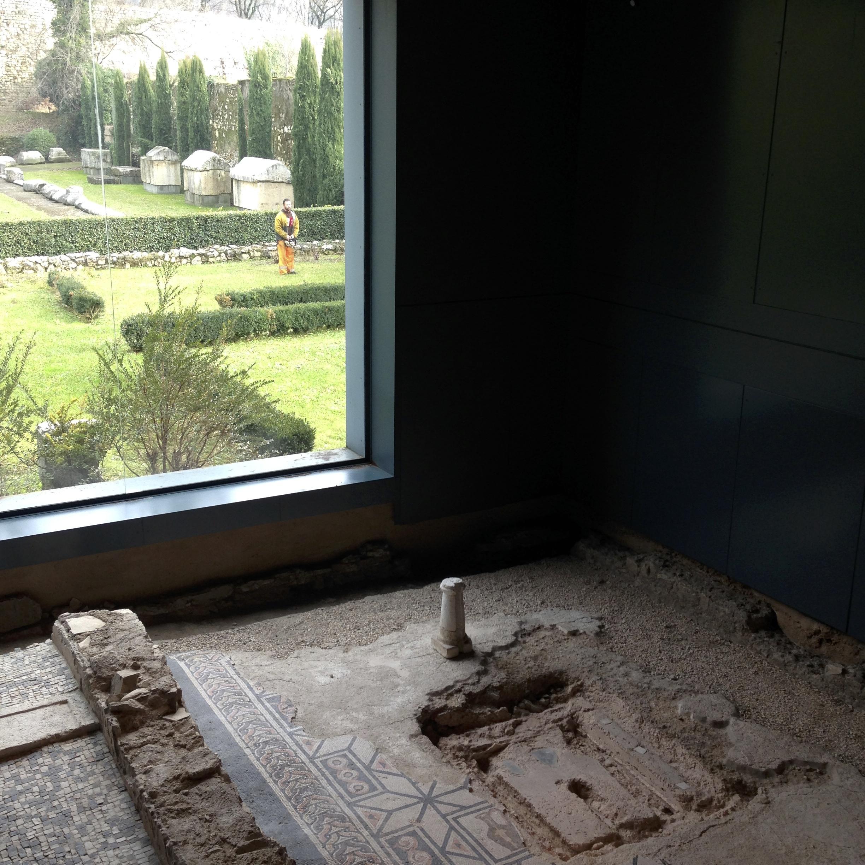 La finestra sugli orti delle monache