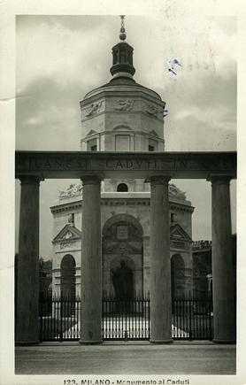Cartolina d'epoca che ritrae il Tempio della Vittoria presso S. Ambrogio.