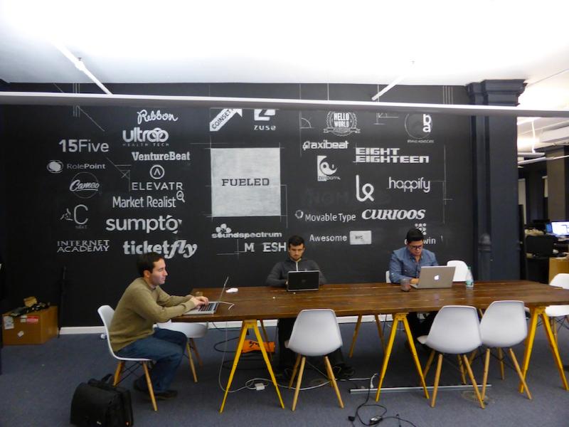 """Un ufficio condiviso per abbattere le spese e """"incubare"""" le idee delle startup, ecco il coworking (photo: startitup.sk)"""