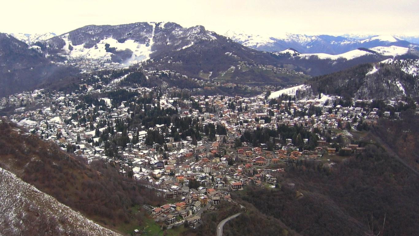 La localita di Selvino, all'inizio della Val Seriana sopra Bergamo