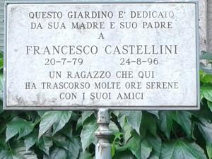 La targa in memoria di Francesco Castellini (foto di Robert Ribaudo)