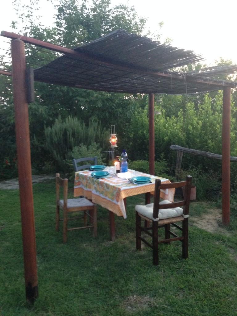 Cena in casa di campagna