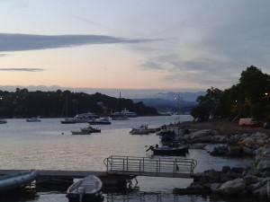 Da Palmaria lo sguardo spazia su tutto il golfo dei Poeti e più su fino alle Apuane! (foto di Robert Ribaudo)