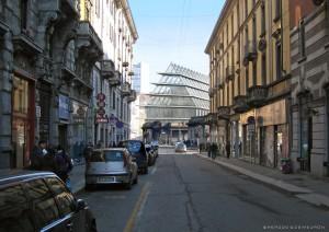 La costruzione dell'edificio della Feltrinelli visto da Paolo Sarpi