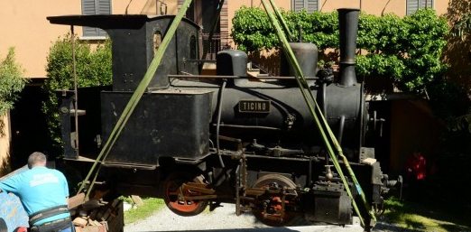 "Qui la locomotiva a vapore ""Ticino"""