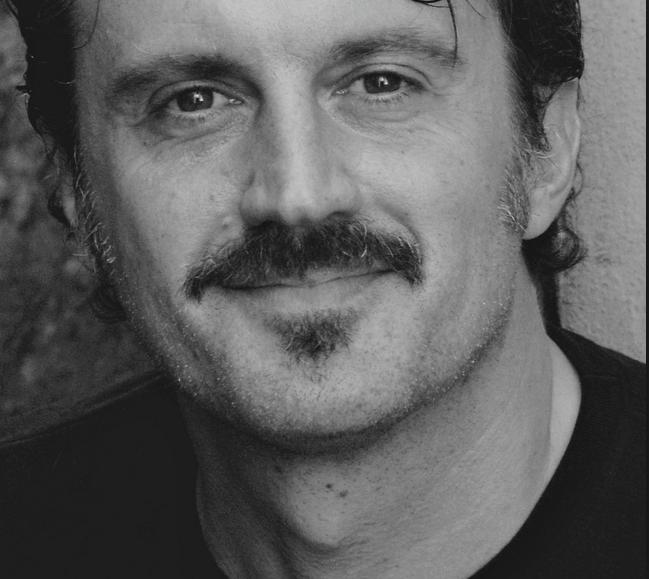 L'autore dei romanzi Antonio Manzini