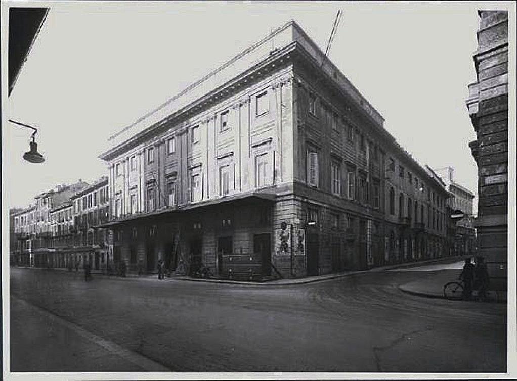 Il teatro come si presentava agli inizi del '900