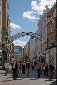 La mitica, indimenticata, Carnaby Street a Londra