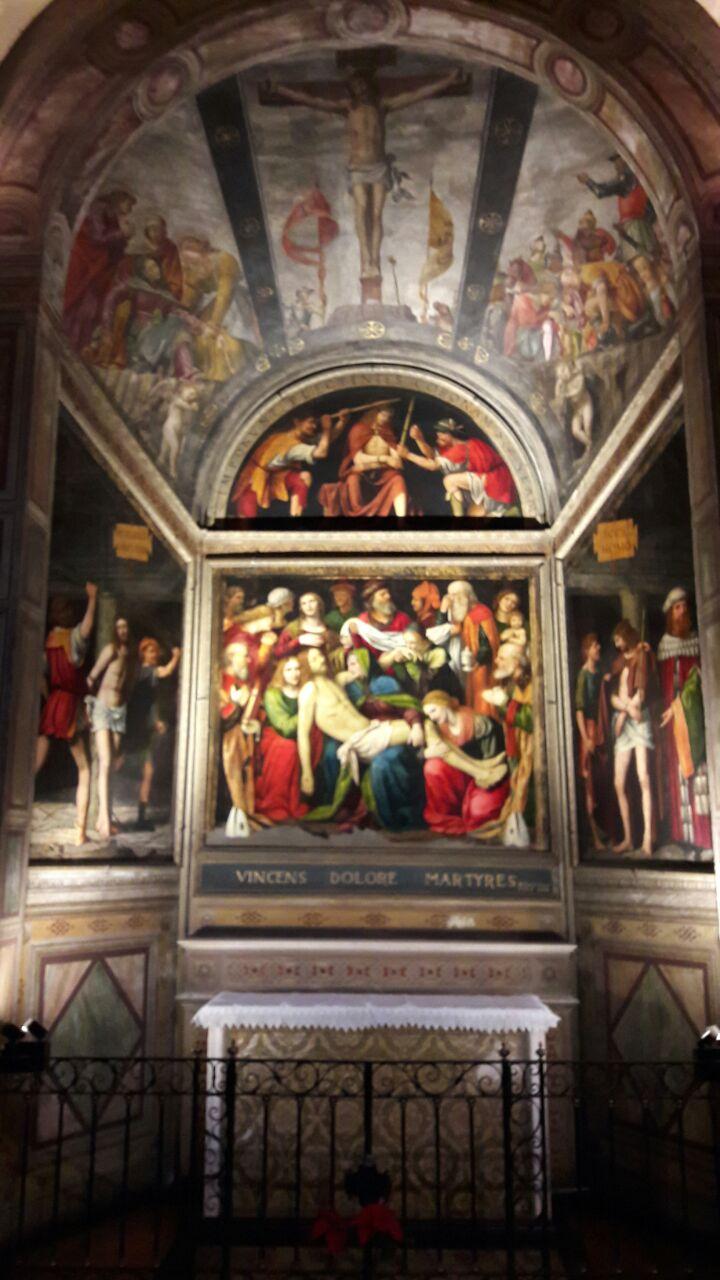 Deposizione di B. Luini, 1516. Conservata nella cappella del Santissimo Sacramento nella Chiesa di S. Giorgio in Palazzo a Milano (foto di Robert Ribaudo)