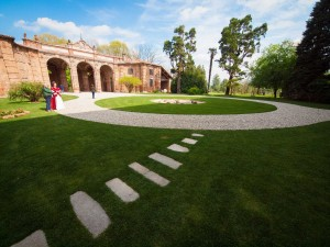 Una panoramica dell'ingresso della bella Rocca Brivio
