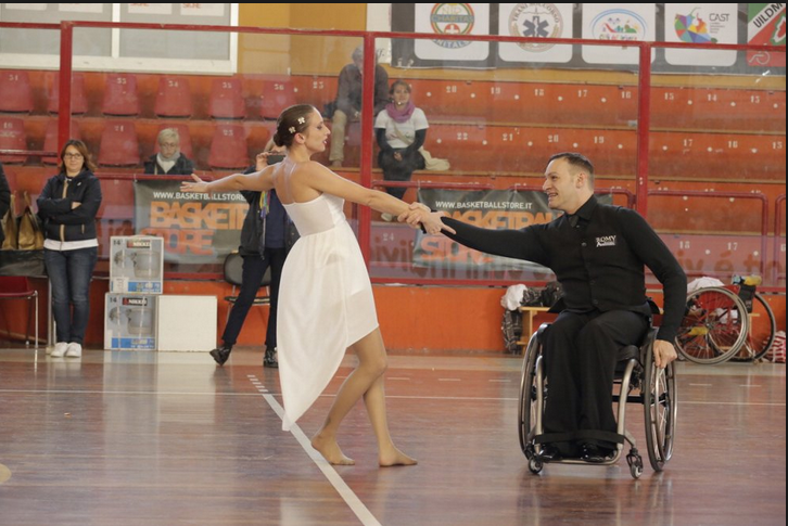 Tarek Drago e Sara Greotti, campioni europei di ballo paralimpico (photo: Repubblica.it)