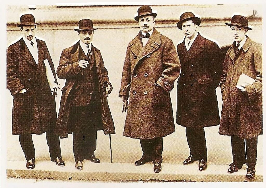 Futuristi. Da sinistra: Luigi Russolo, Carlo Carrà, Filippo Tommaso Marinetti, Umberto Boccioni, Gino Severini
