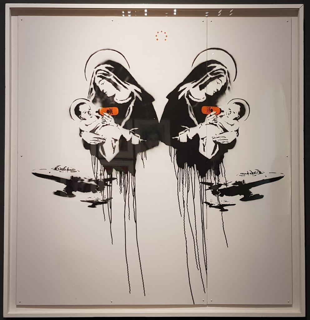 """Immagine dell'opera di Banksy """"Toxic Mary"""" del 2003 in mostra al Mudec di Milano"""